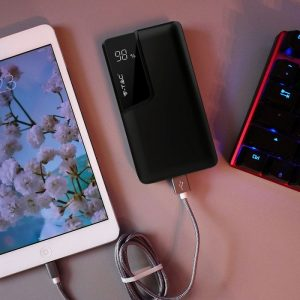 10000 Mah Power Bank sa digitalnim ekranom, crni